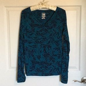 The North Face top, size M